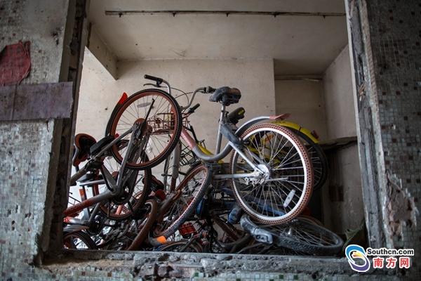 广州上千辆共享单车被丢弃在拆迁村内 - 周公乐 - xinhua8848 的博客