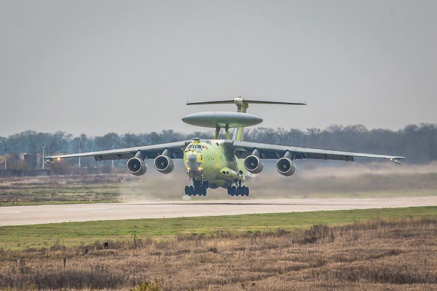 俄全新A100预警机完成首飞