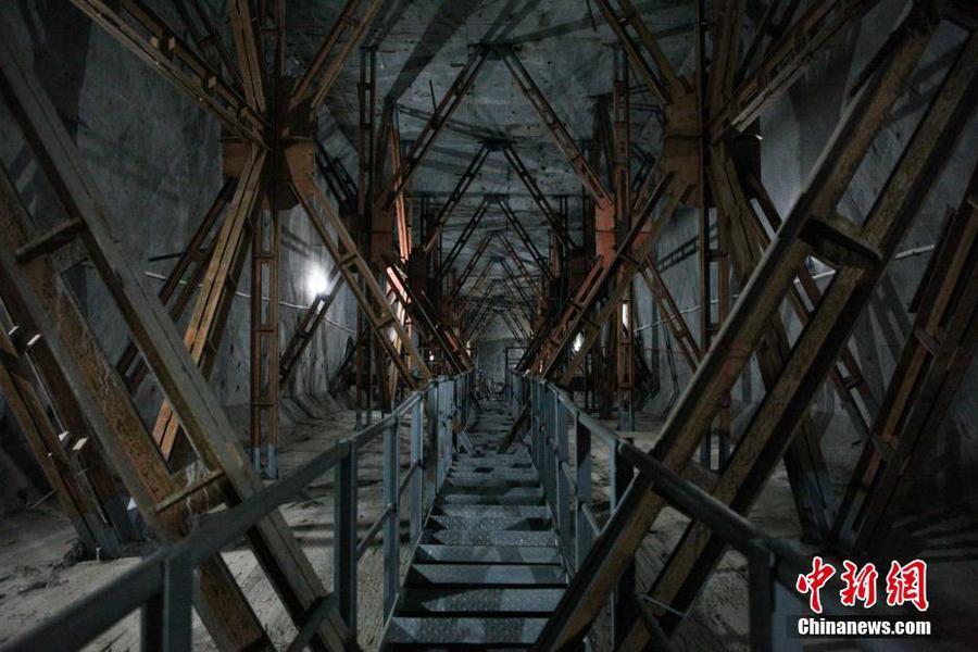 世界最大跨度钢筋混凝土拱桥 全长721.25米!!! - 周公乐 - xinhua8848 的博客