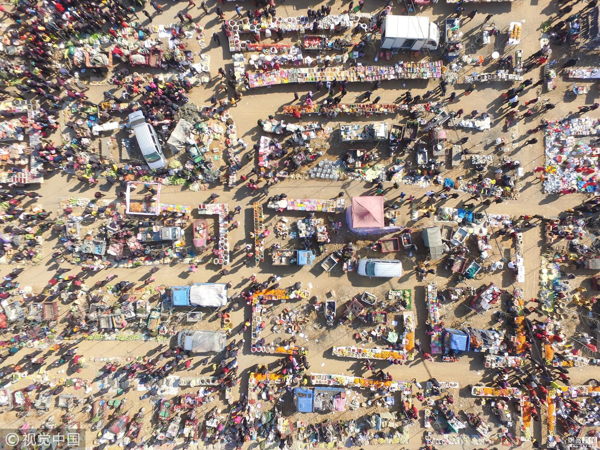 山东沂蒙乡村春节前夕的年货市集 场面壮观!!! - 周公乐 - xinhua8848 的博客