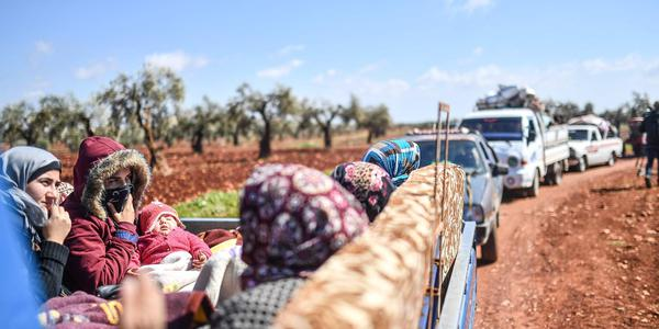 叙利亚阿夫林战事持续 已致20多万平民逃离