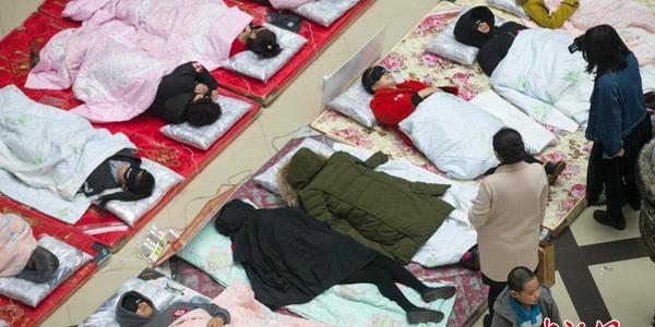 """山西举办睡眠大赛 依据睡眠质量评""""睡神"""""""