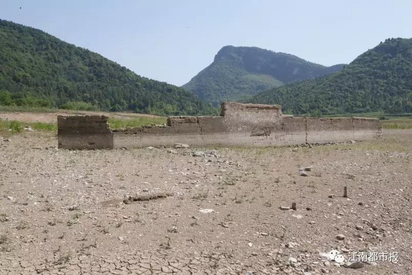 千年古村埋在水底 56年后重见天日 ! - 周公乐 - xinhua8848 的博客