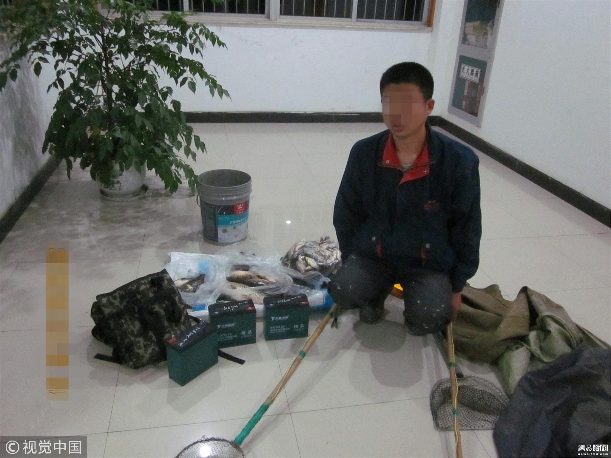 长江禁渔区域捕捞还电鱼 3人现场被抓! - 周公乐 - xinhua8848 的博客