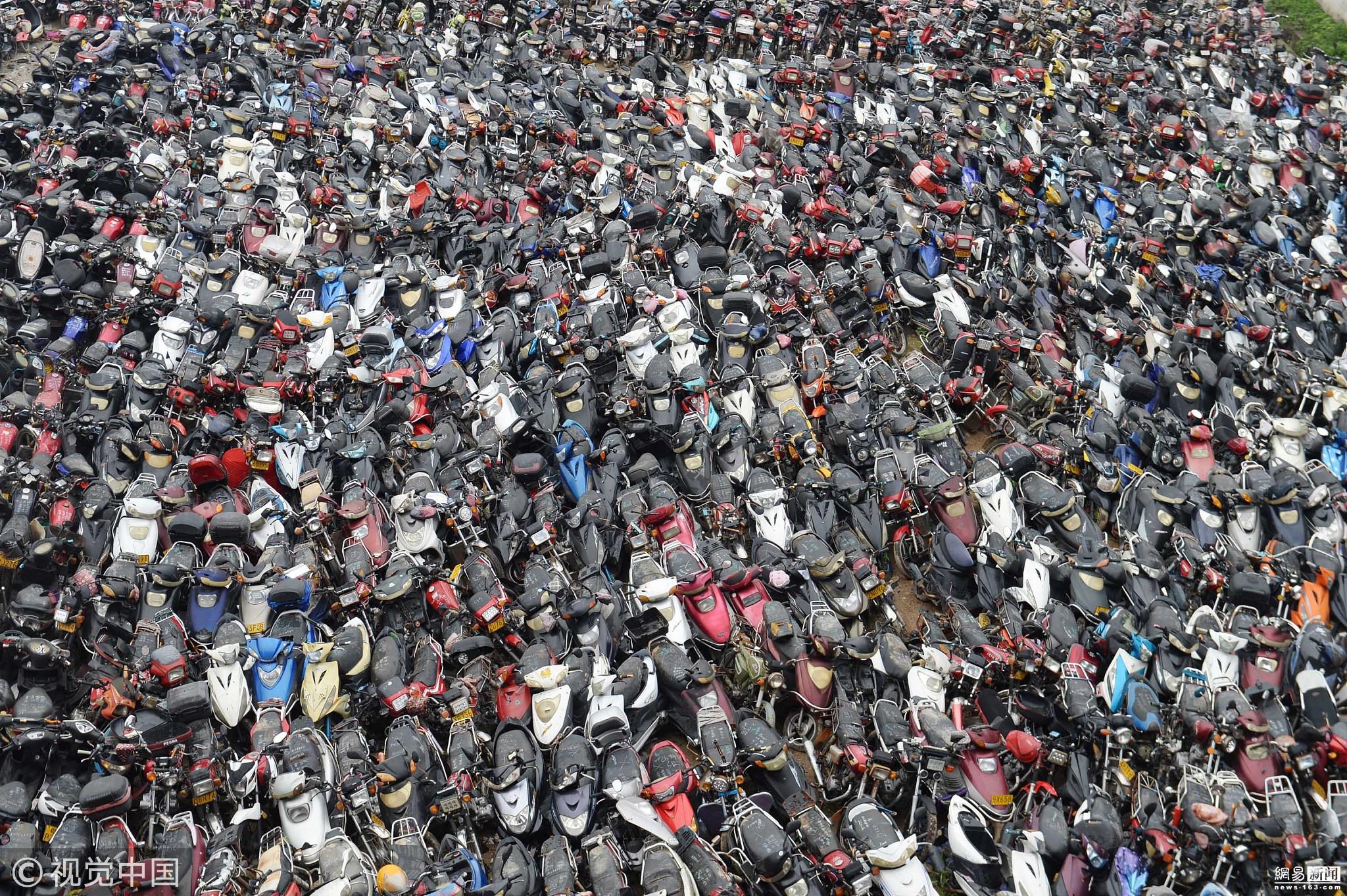 广州摩托车坟场6000辆摩托等待拆解! - 周公乐 - xinhua8848 的博客