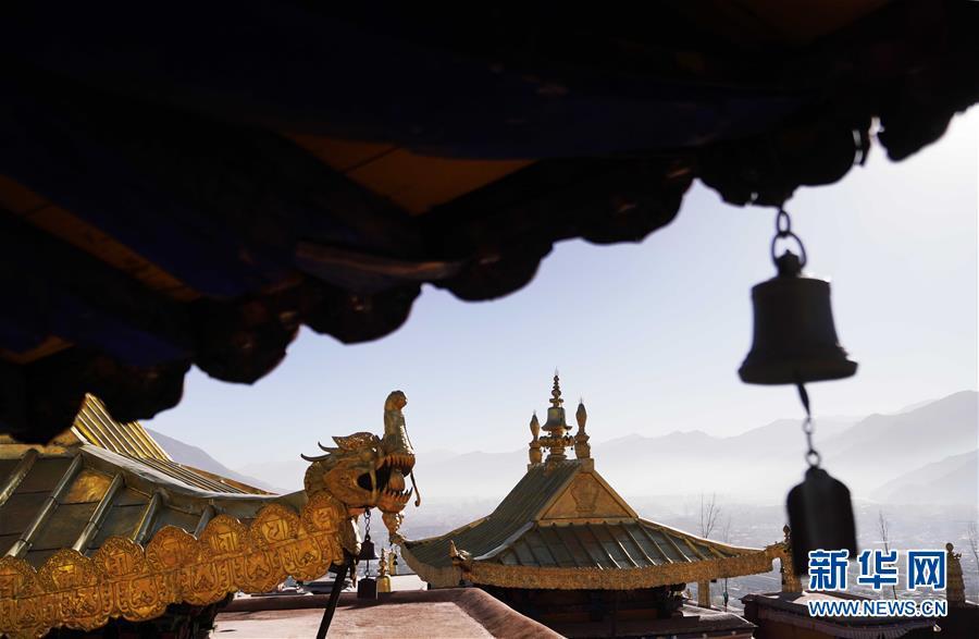 布达拉宫金顶群修缮工程竣工验收 - 周公乐 - xinhua8848 的博客