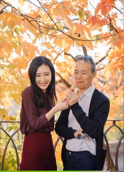 独家:网曝田朴珺王石甜蜜写真 工作室谴责