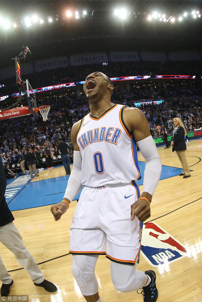 終於贏了!三巨頭合砍78分,雷霆主場險勝快艇終結4連敗!(影)-黑特籃球-NBA新聞影音圖片分享社區