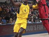 NBA常规赛:猛龙104-107步行者