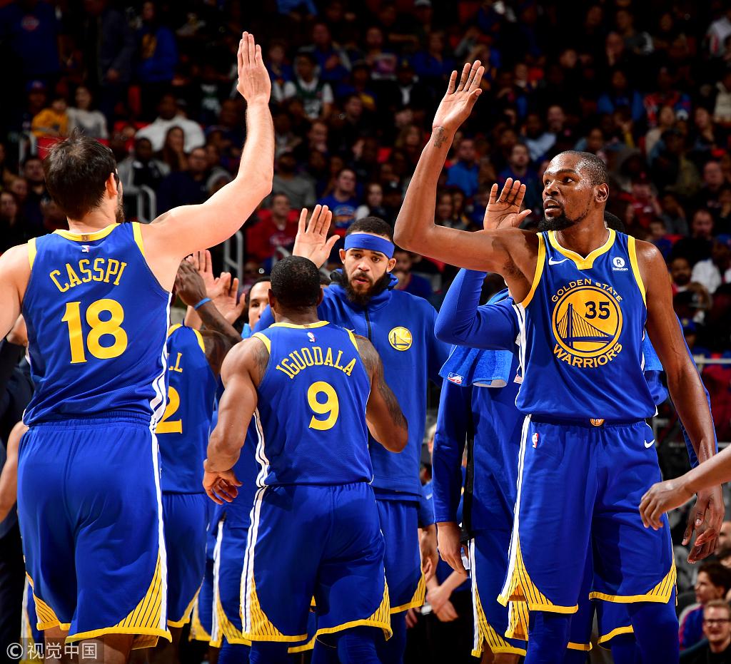 三分不夠火鍋來湊 Curry缺陣勇士靠防守贏下比賽!