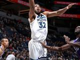 NBA常规赛:国王96-119森林狼