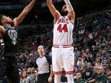 NBA常规赛:雄鹿109-115公牛