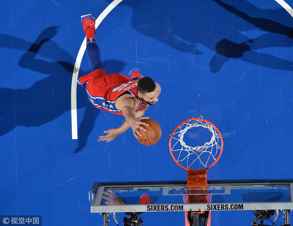 12+9+11!狀元郎Simmons拿下準大三元,關鍵時刻卻成了看客!(影)-Haters-黑特籃球NBA新聞影音圖片分享社區