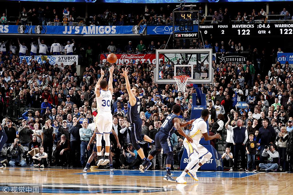心疼獨行俠!絕地反擊用198秒追平11分大坑,卻遭遇咖喱無情三分絕殺!(影)-Haters-黑特籃球NBA新聞影音圖片分享社區