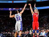 NBA常规赛:活塞78-114胜76人