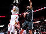 NBA常规赛:篮网110-105老鹰