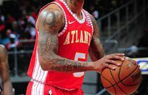 NBA常规赛:公牛113-97老鹰