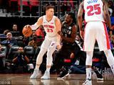NBA常规赛:篮网106-115活塞