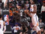 NBA常规赛:马刺129-81太阳