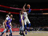 NBA常规赛:鹈鹕82-10076人
