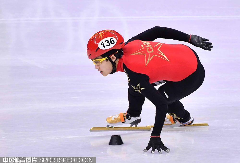 短道女子1000米预赛曲春雨李靳宇晋级