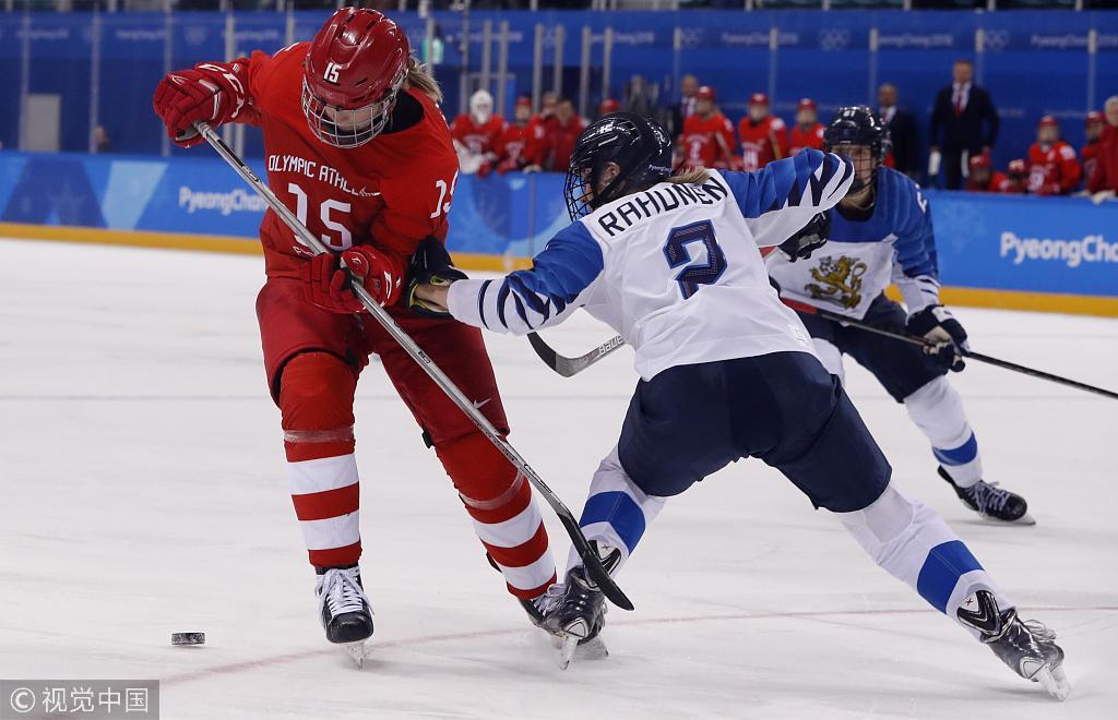 冰球男子1/4决赛:加拿大险胜 德国加时绝杀瑞典