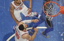 NBA常规赛:尼克斯120-113魔术