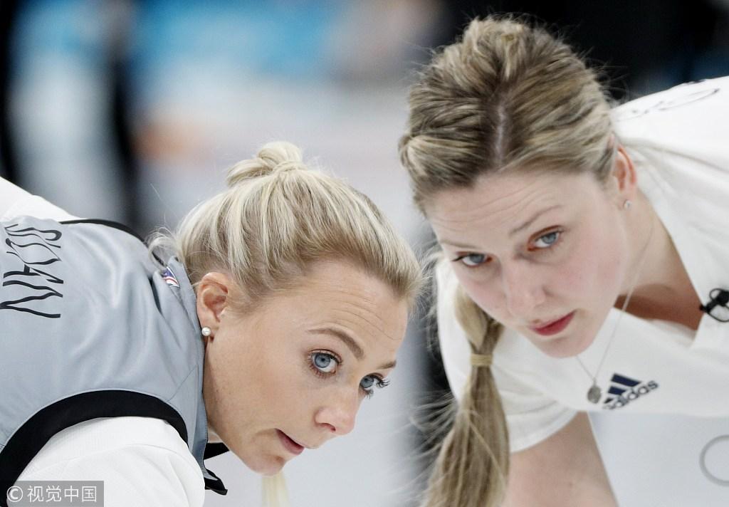 女子冰壶韩国胜日本首进决赛 瑞典力克英国