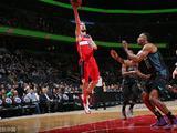 NBA常规赛:黄蜂122-105奇才