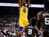NBA常规赛:马刺107-110勇士