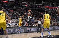 NBA常规赛:勇士75-89马刺