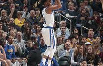 NBA常规赛:步行者126-106勇士