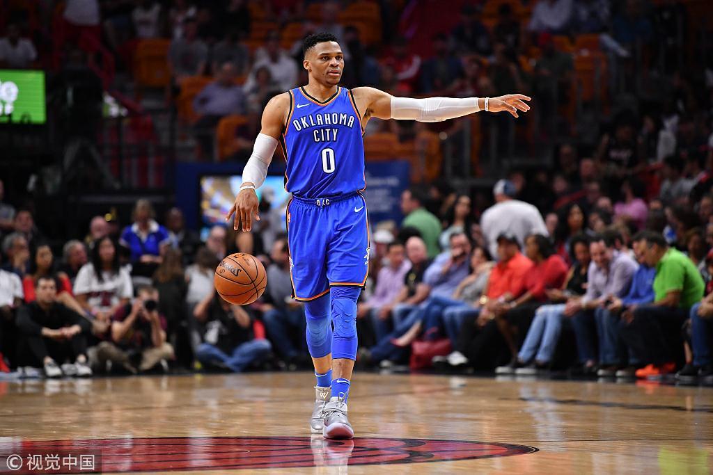 维斯达成赛季第25次三双 距赛季场均三双差16篮板