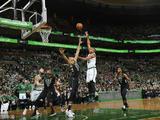 NBA季后赛首轮:雄鹿107-113凯尔特人