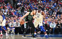 NBA季后赛次轮:76人98-101凯尔特人