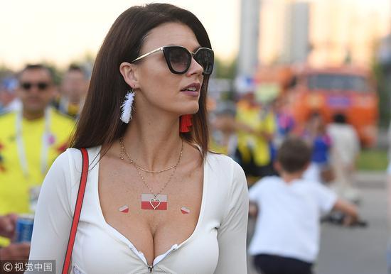 怎么评价俄罗斯世界杯?87%球迷:美女多印象深刻