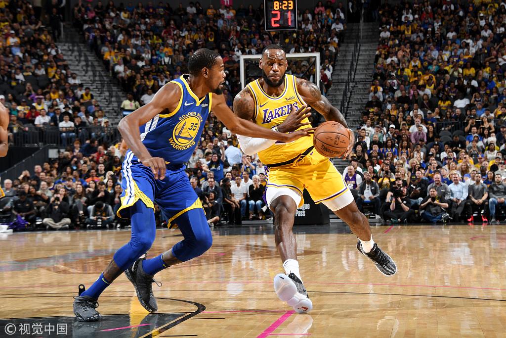 湖人熱身賽戰勝勇士送其2連敗 James 15+10,Curry 23+5,Durant尷尬6犯離場(影)