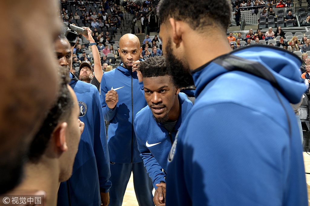 馬刺擒灰狼取得開門紅 Aldridge砍下21+19,Butler回歸首發,Towns 6犯畢業(影)-黑特籃球-NBA新聞影音圖片分享社區
