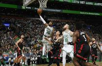 NBA常规赛:猛龙116-123凯尔特人