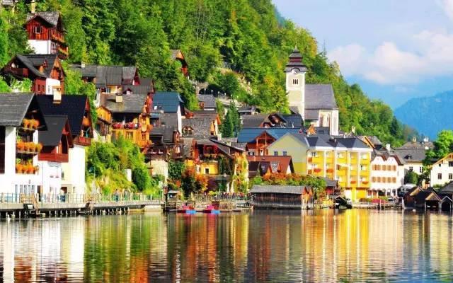 去旅行怎能错过这10个绝美小镇 美到飞起