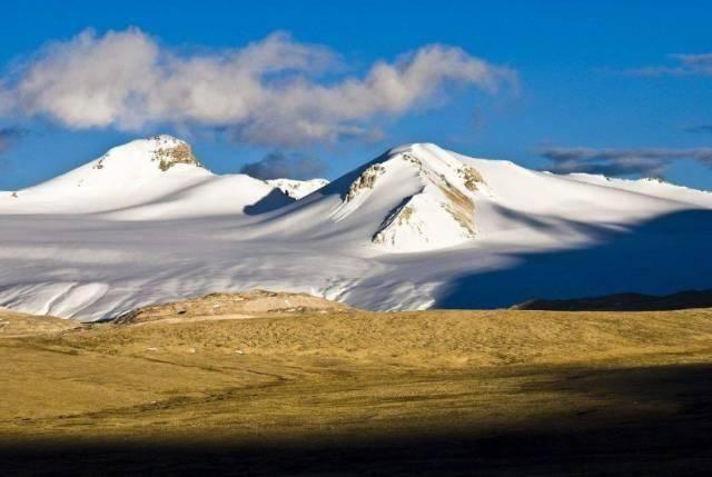 它是青藏交界线_是你进藏的第一道美景!