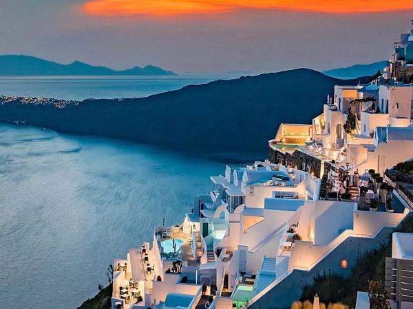 蓝色爱好者的朝圣之旅 这些城市重燃你动力