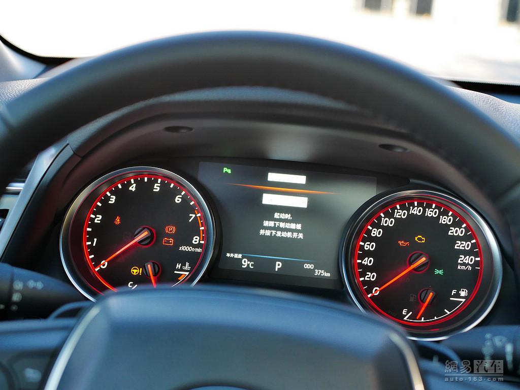 丰田新凯美瑞 2018款 运动 2.5s锋尚版--仪表盘