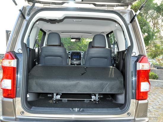 大七座SUV车型 长安欧尚X70A售4.99万起