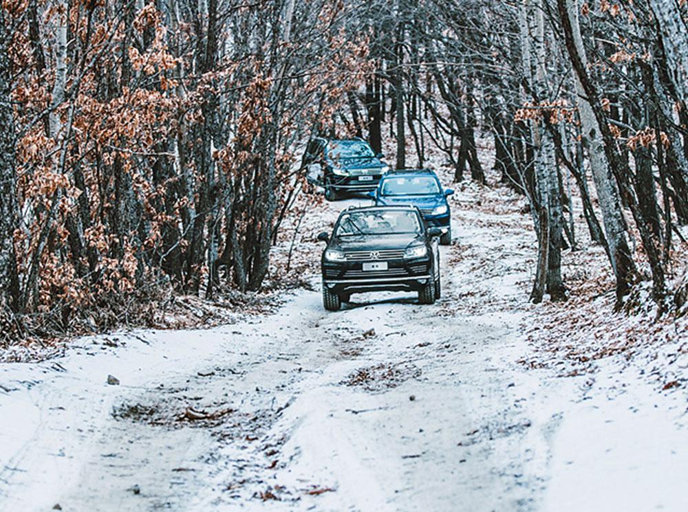 低调的文武全才 冰雪试驾大众途锐