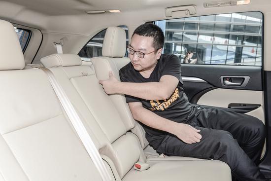 稳坐7座大空间SUV推荐榜 试2018款汉兰达