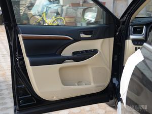 丰田汉兰达 2018款 2.0T 四驱至尊版(七座)