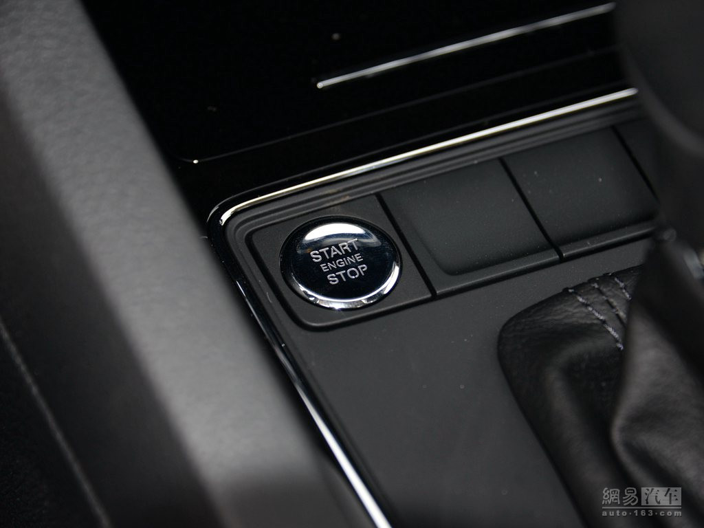 大众速腾 2018款 1.6l自动舒适型