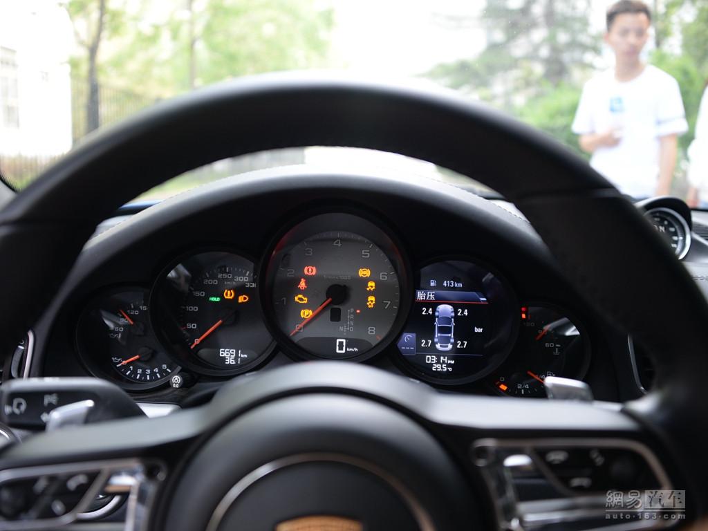 保时捷911 2016款 targa 4s--仪表盘
