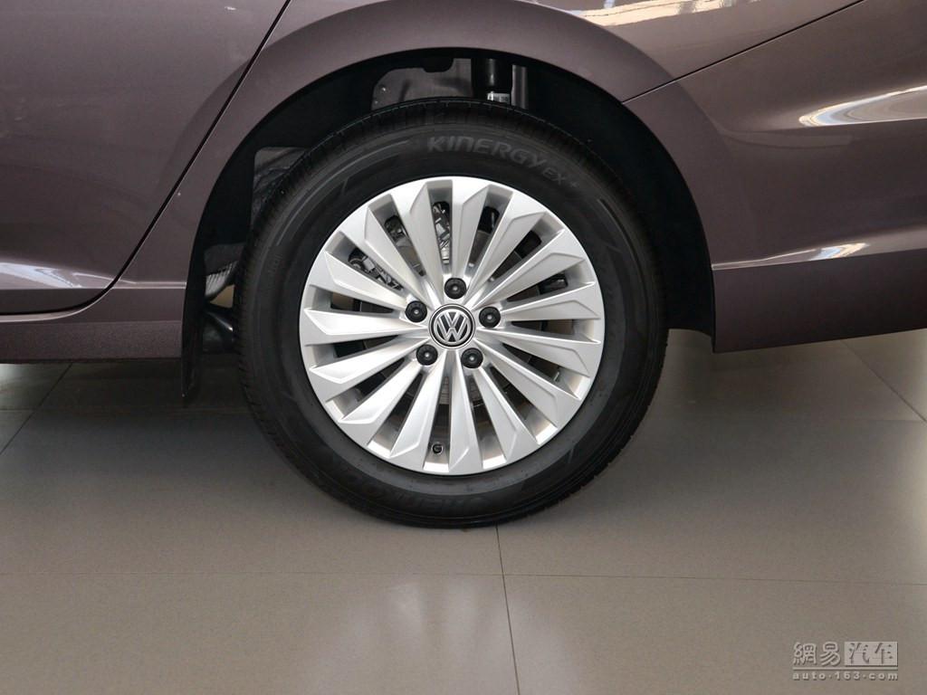大众朗逸 2018款 1.5l自动舒适版--轮胎整体(后轮)